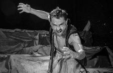 La tempestad, de AlmaViva Teatro, dirigida por César Barló. Foto: Bruno Rascão.
