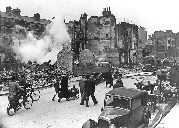 1280px LondonBombedWWII full