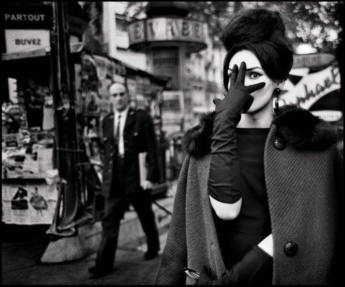 17 Christer Stro mholm Nana Place Blanche Paris 1961 © Christer Stro mholm Estate 1