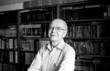 Ángel Torres Quesada: «Bruguera pensaba que el lector era gilipollas y que no iba a comprar las novelitas de un autor español»
