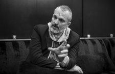 Miguel Bosé:«Soy europeo, cartesiano y profundamente latinoamericano»