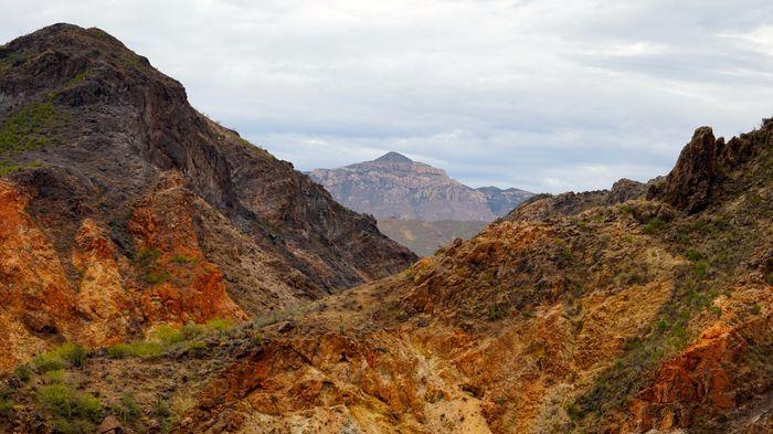 Paty Godoy Montañas Río Sonora