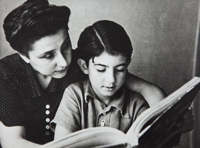 Carnés y su hijo Ramón Puyol mediados 40