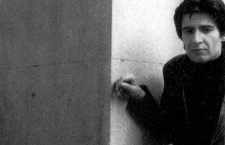 Eduardo Haro Ibars. Fotografía de portada de Eduardo Haro Ibars: los pasos del caído. Editorial Anagrama.