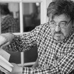 Karmelo C. Iribarren: «Puedes matar un poema por querer hacerlo perfecto»
