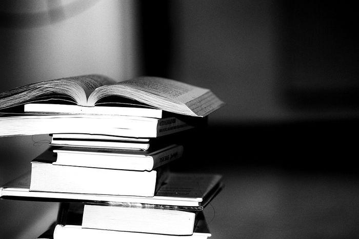 books 2337525 960 720