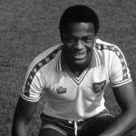 La historia del único futbolista de élite en hacer pública su homosexualidad