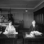 Almanaques, espías y un chándal: el universo secreto de los fact-checkers