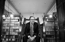 Pedro Álvarez de Miranda: «Los hablantes son los dueños del idioma, no lo es la Academia»