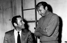 Neil Simon con Jack Lemmon en el rodaje de The Out-of-Towners. Foto: Cordon.