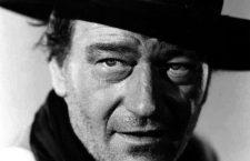 John Wayne en Centauros del desierto (1956). Imagen: Warner Bros.
