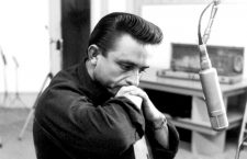 WALK THE LINE, Johnny Cash, 2005, TM & Copyright (c) 20th Century Fox Film Corp. All rights reserved.