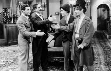 Los cuatro cocos. Imagen: Paramount Pictures.