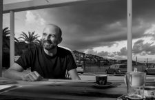 Josele Santiago: «Los Enemigos éramos de bareto de viejos, con querencia hacia lo zarrapastroso»