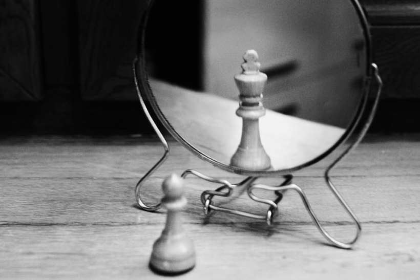 grayscale photo of reversible mirror in front of chess piece wallpaper preview