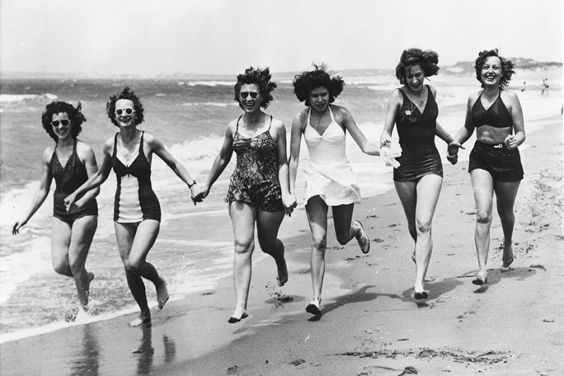 956px Mediterranean Beach Scene Members of the Womens Army Corps stationed in North Africa. Recreational periods mean... NARA 196356