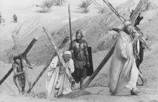 Dolores fuertes de barriga, Guillotin y otras torturas