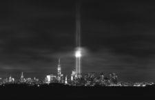 El tradicional «Tribute in Light» en recuerdo de los atentados del 11S en Nueva York, 2014. Fotografía: Gary Hershorn / Corbis.