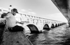 Un pescador en los Cayos de Florida. Fotografía: Mark Shahal (CC)