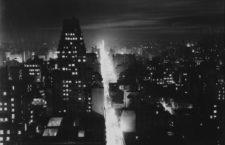 Buenos Aires nocturno, Horacio Coppola, 1936. Fotografía: Museo Nacional de Bellas Artes de Argentina.