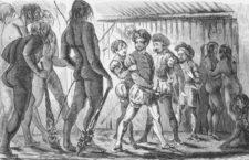 Los legendarios patagones y los conquistadores españoles en Tierra de Fuego en una ilustración de 1754. Imagen: Getty.