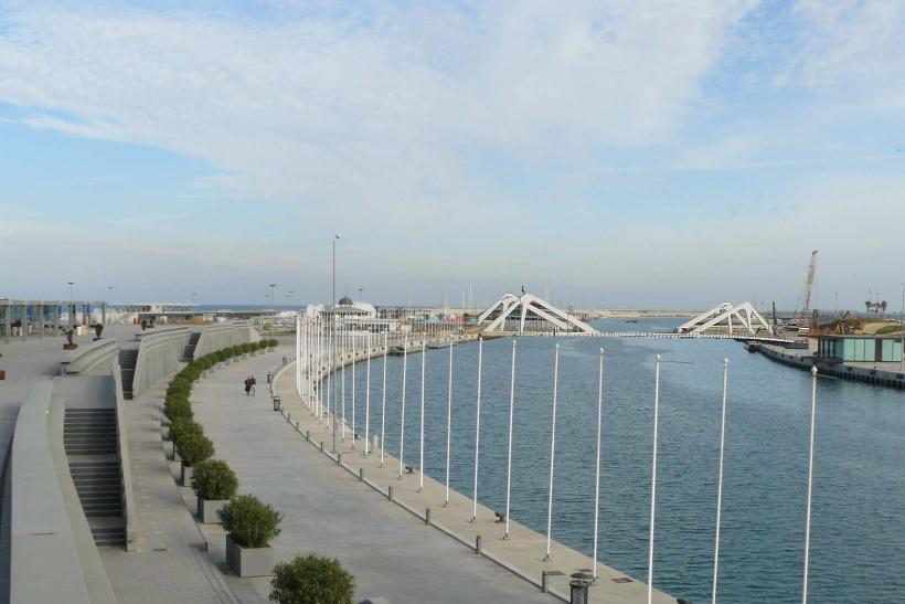 El puente rotatorio en el puerto de Valencia