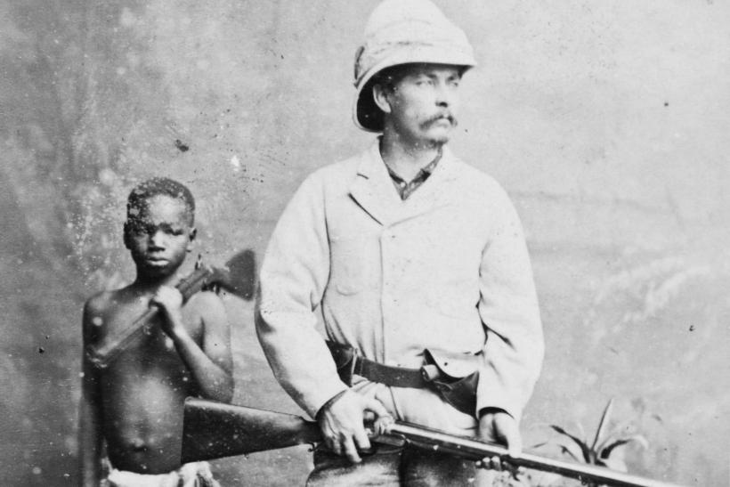 Explorador blanco corazón negro